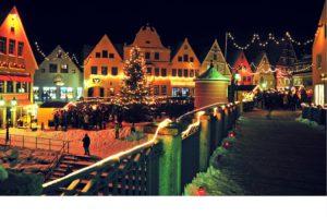 Romantischer Weihnachtsmarkt auf der Insel Ried. © Stefan Sisulak