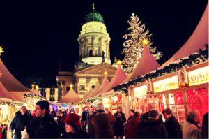 Der Winterzauber gehört zu den elegantesten Weihnachtsmärkten Deutschlands. © Philipp Dubrau
